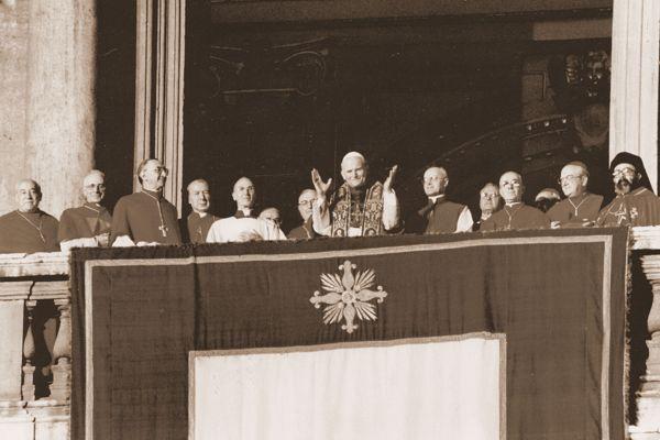 Habemus Papam! - 16.X.1978 rok. Ok. godz. 17.15 kard. Karol Wojtyła zostaje wybrany na papieża, przybiera imię Jan Paweł II