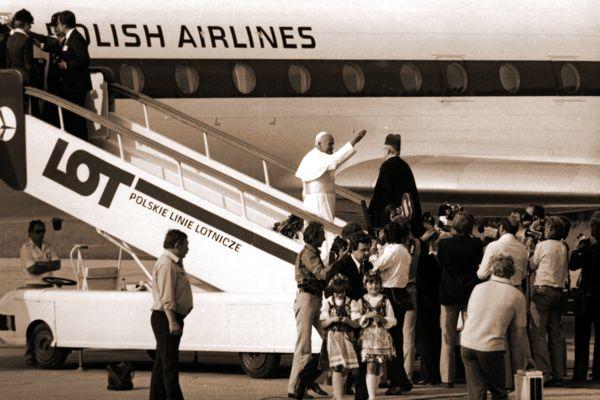 Karol Wojtyła, jako papież Jan Paweł II po raz pierwszy w Ojczyźnie