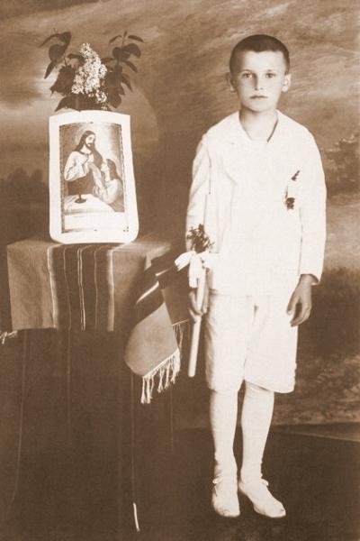 Karol Wojtyła w dniu I Komunii Świętej