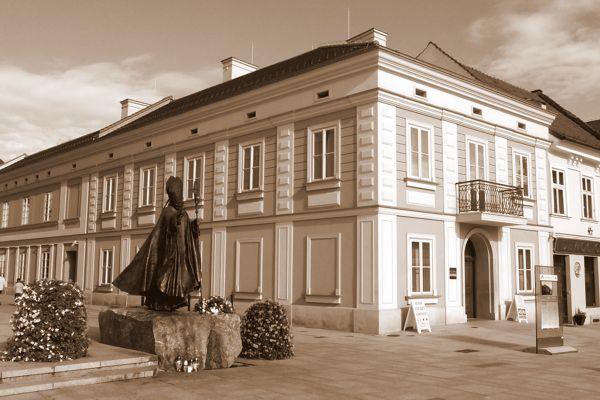 Kamienica w której urodził się i mieszkał Karol Wojtyła - Jan Paweł II